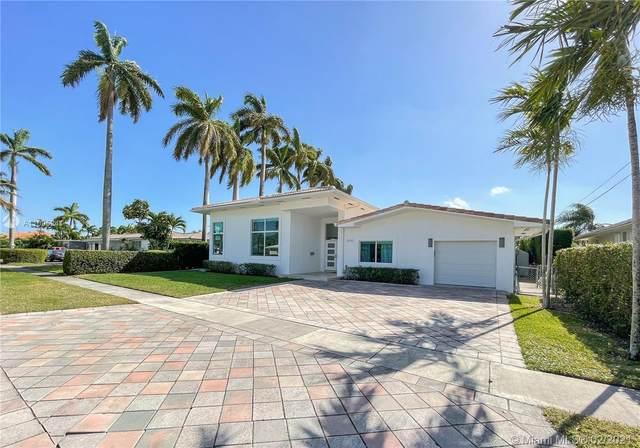 2090 NE 124th St, North Miami, FL 33181 (MLS #A11005241) :: United Realty Group