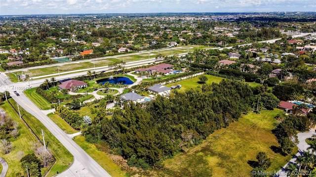 1600 NW 118th Ave, Plantation, FL 33323 (MLS #A11005429) :: Rivas Vargas Group