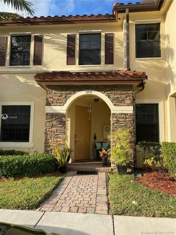 3211 SE 7th Ct #3211, Homestead, FL 33033 (MLS #A11005490) :: Berkshire Hathaway HomeServices EWM Realty