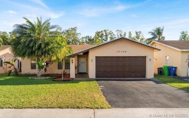 10730 NW 20th Ct, Sunrise, FL 33322 (MLS #A11005583) :: Berkshire Hathaway HomeServices EWM Realty