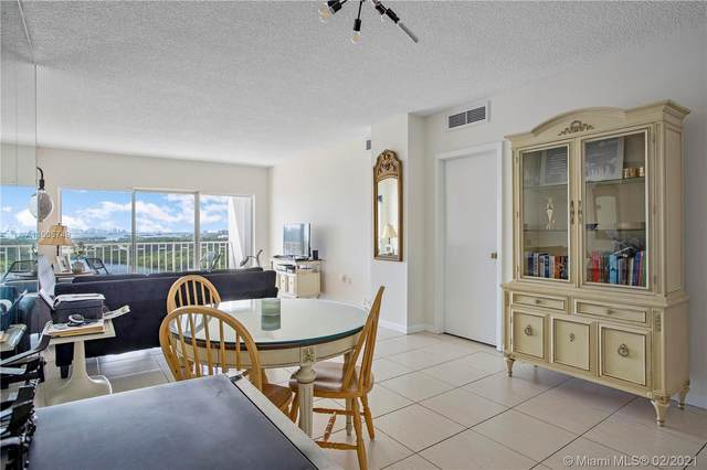 300 Bayview Dr #1414, Sunny Isles Beach, FL 33160 (MLS #A11005749) :: Search Broward Real Estate Team