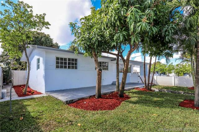 1080 W 53rd St, Hialeah, FL 33012 (MLS #A11005851) :: The Jack Coden Group
