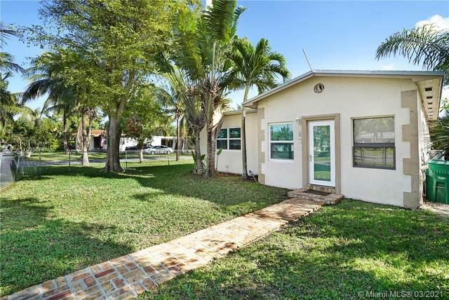 601 NW 8th St, Dania Beach, FL 33004 (MLS #A11005879) :: Prestige Realty Group