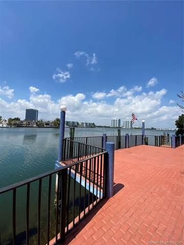 16400 NE 29th Ave, North Miami Beach, FL 33160 (MLS #A11005905) :: The Jack Coden Group