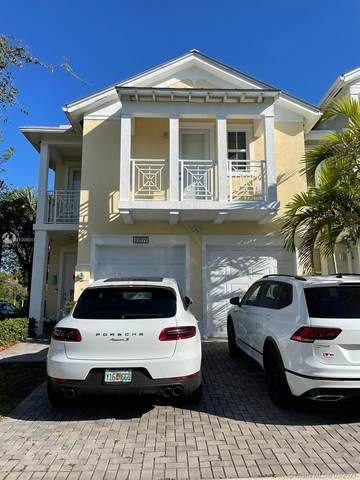 10899 NW 75th St, Doral, FL 33178 (MLS #A11006017) :: Berkshire Hathaway HomeServices EWM Realty