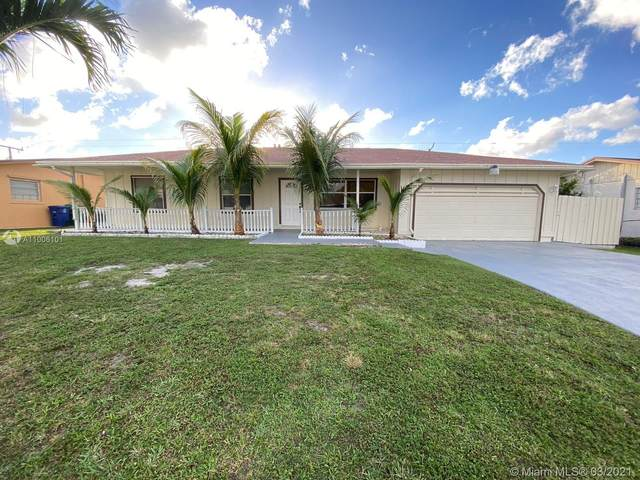 1720 SW 97th Ave, Miramar, FL 33025 (MLS #A11006101) :: Berkshire Hathaway HomeServices EWM Realty