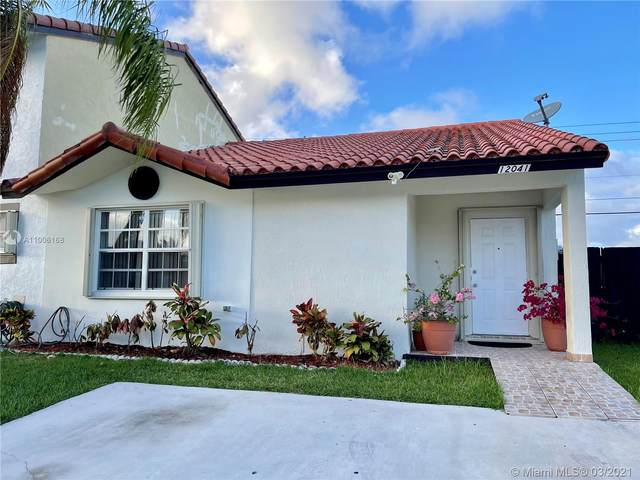 12041 SW 208th Ter, Miami, FL 33177 (MLS #A11006168) :: Berkshire Hathaway HomeServices EWM Realty