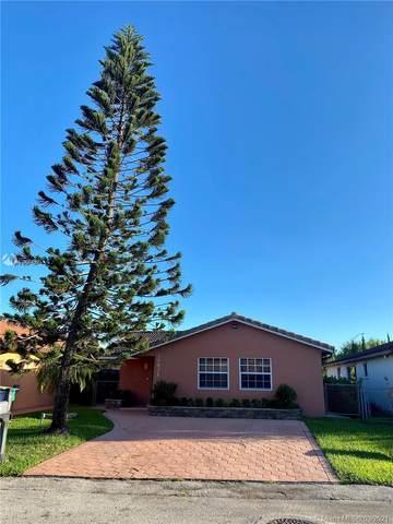 10628 SW 68th Ter, Miami, FL 33173 (MLS #A11006439) :: Castelli Real Estate Services