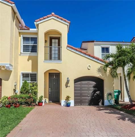 14965 SW 41st Ln, Miami, FL 33185 (MLS #A11006553) :: Dalton Wade Real Estate Group