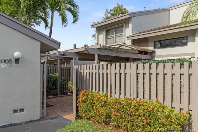 11005 SW 113th Pl, Miami, FL 33176 (MLS #A11006619) :: Green Realty Properties