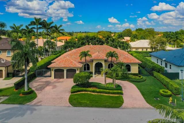 12215 SW 82nd Ter, Miami, FL 33183 (MLS #A11006641) :: Berkshire Hathaway HomeServices EWM Realty