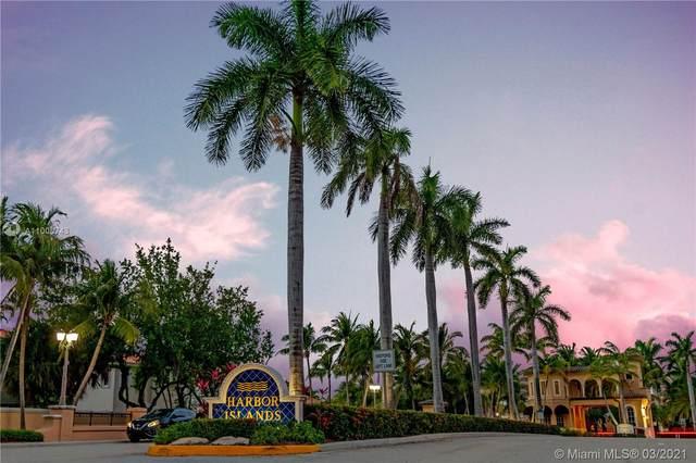 887 W Spinnaker Dr W, Hollywood, FL 33019 (MLS #A11006743) :: Berkshire Hathaway HomeServices EWM Realty