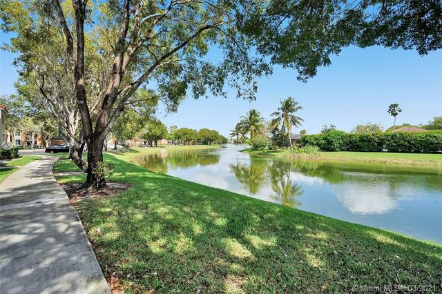 2011 Renaissance Blvd #202, Miramar, FL 33025 (MLS #A11006794) :: Berkshire Hathaway HomeServices EWM Realty