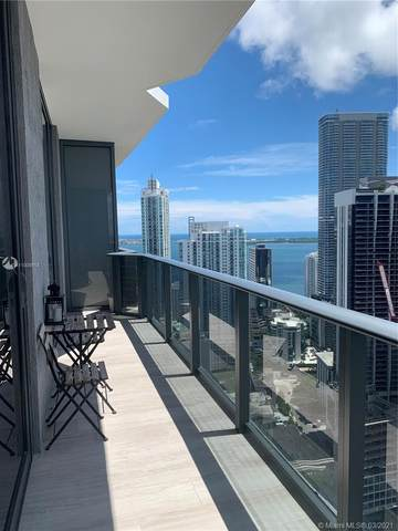 55 SW 9th St #4204, Miami, FL 33130 (MLS #A11006918) :: Podium Realty Group Inc