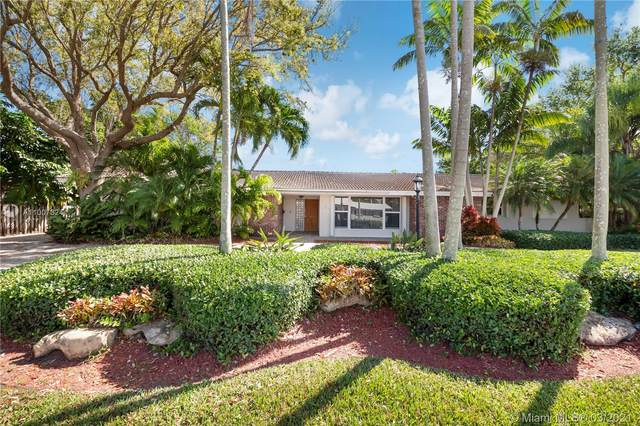 14301 SW 74th Ct, Palmetto Bay, FL 33158 (MLS #A11007324) :: Jo-Ann Forster Team