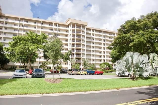 575 Oaks Ln #709, Pompano Beach, FL 33069 (MLS #A11007329) :: GK Realty Group LLC