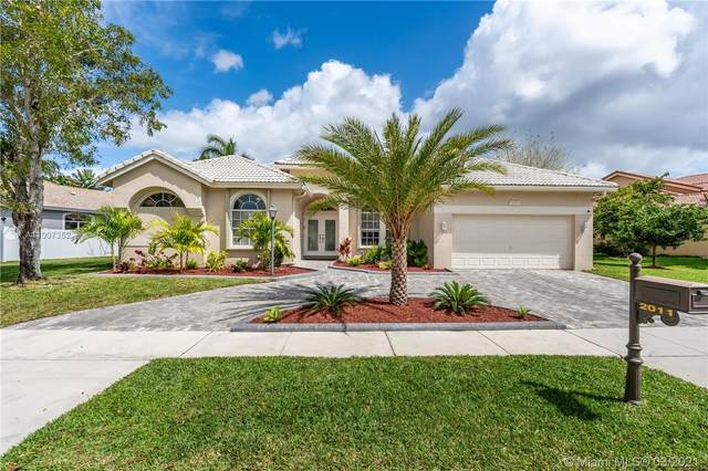 2011 NW 129th Ter, Pembroke Pines, FL 33028 (MLS #A11007352) :: Castelli Real Estate Services