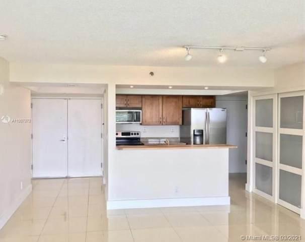 3411 Indian Creek Dr #1002, Miami Beach, FL 33140 (MLS #A11007373) :: Berkshire Hathaway HomeServices EWM Realty