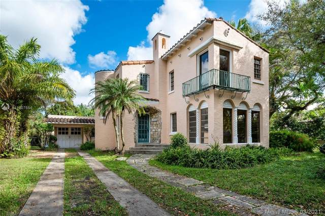 1545 Murcia Ave, Coral Gables, FL 33134 (MLS #A11007554) :: The Riley Smith Group