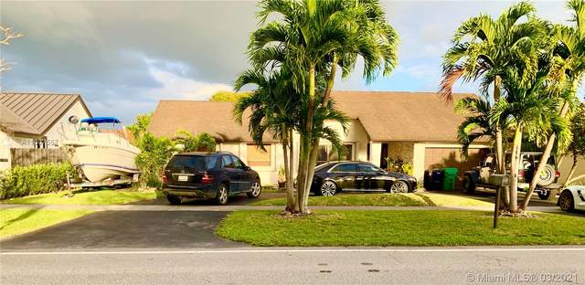 10711 SW 142nd Ave, Miami, FL 33186 (MLS #A11007557) :: The Riley Smith Group