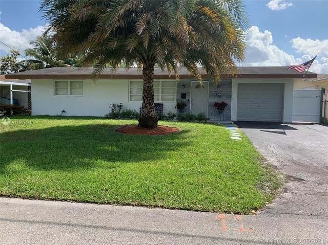 7790 NW 14th St, Pembroke Pines, FL 33024 (MLS #A11007610) :: Berkshire Hathaway HomeServices EWM Realty