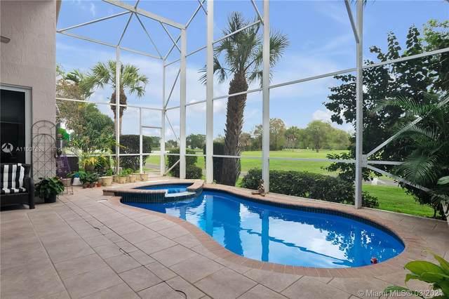 1551 E Lacosta Dr E, Pembroke Pines, FL 33027 (MLS #A11007898) :: Castelli Real Estate Services