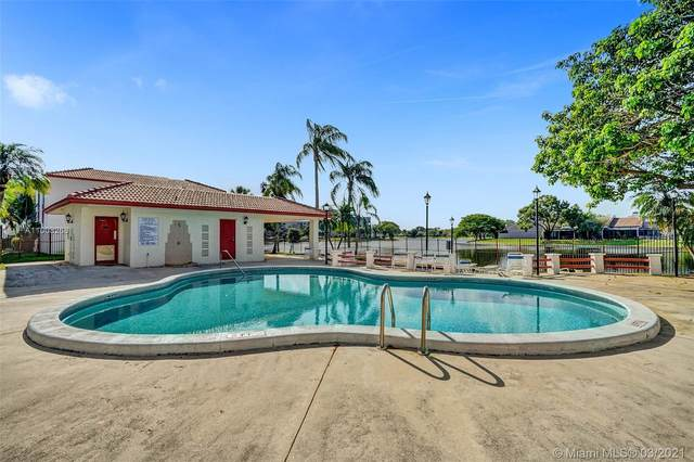 1152 N Hiatus Rd #1152, Pembroke Pines, FL 33026 (MLS #A11008266) :: Berkshire Hathaway HomeServices EWM Realty