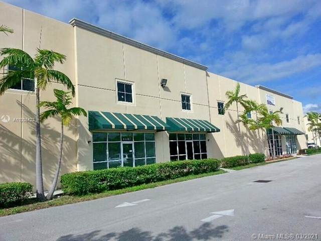 1071 NW 31st Ave B-4, Pompano Beach, FL 33069 (MLS #A11008422) :: The Jack Coden Group