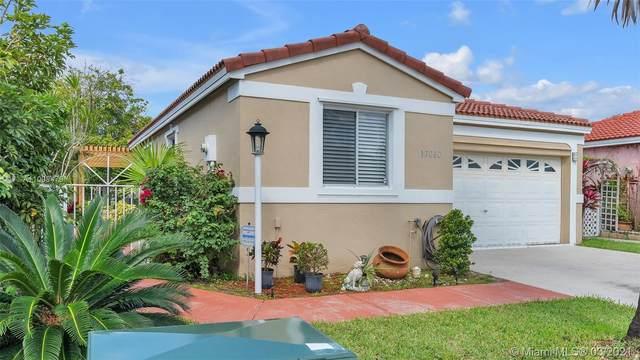 17060 SW 139th Pl, Miami, FL 33177 (MLS #A11008479) :: Castelli Real Estate Services