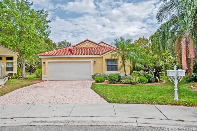 1076 Sequoia Ln, Weston, FL 33327 (MLS #A11008607) :: Green Realty Properties