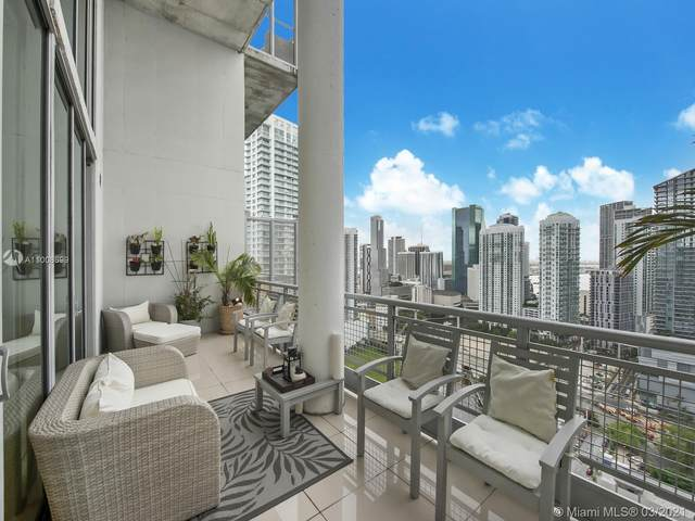 690 SW 1st Ct Phi-10, Miami, FL 33130 (MLS #A11008699) :: The Riley Smith Group