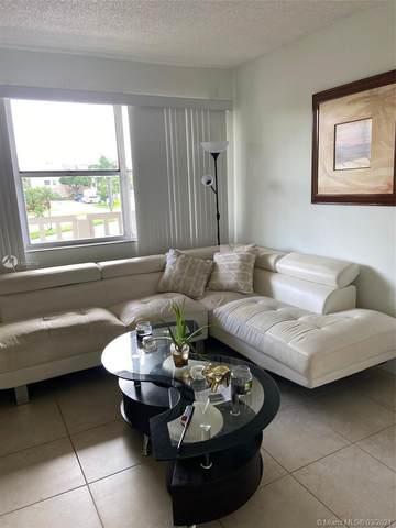 9061 Sunrise Lakes Blvd #215, Sunrise, FL 33322 (MLS #A11008719) :: Castelli Real Estate Services