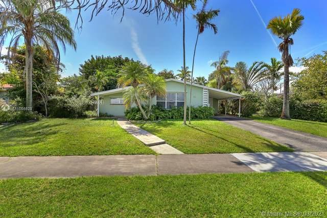 9510 SW 166th Ter, Miami, FL 33157 (MLS #A11008828) :: Castelli Real Estate Services