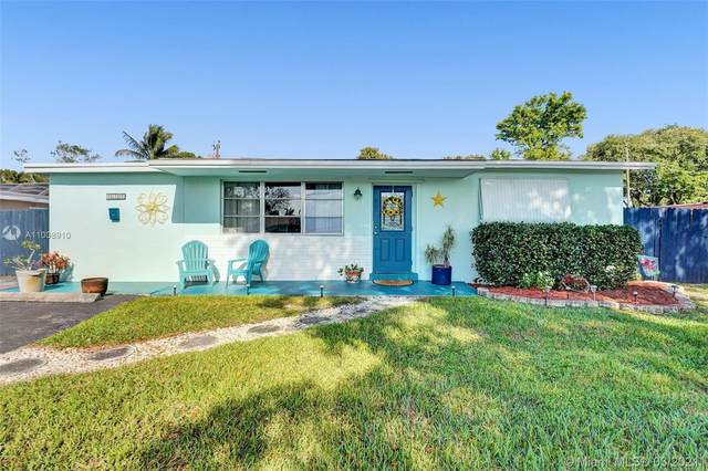 5122 SW 93rd Ave, Cooper City, FL 33328 (MLS #A11008910) :: The Teri Arbogast Team at Keller Williams Partners SW