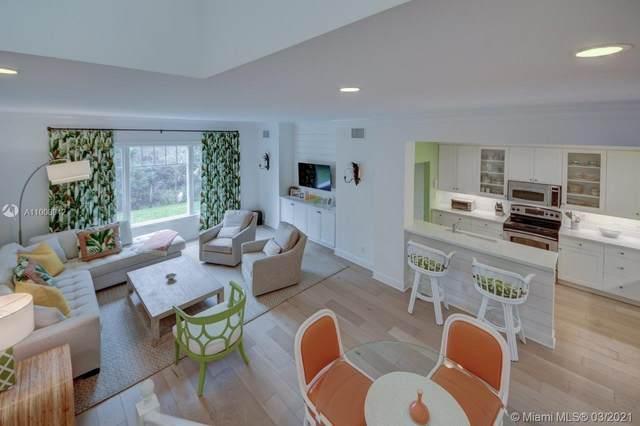 11646 SE Florida Ave, Hobe Sound, FL 33455 (MLS #A11008942) :: Dalton Wade Real Estate Group