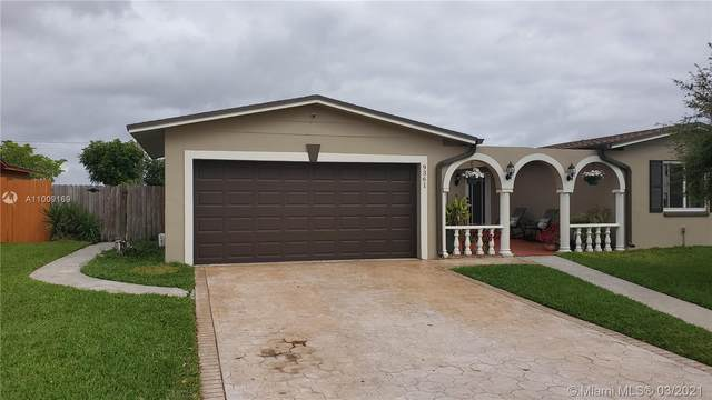 9361 NW 24th Pl, Pembroke Pines, FL 33024 (MLS #A11009169) :: Berkshire Hathaway HomeServices EWM Realty