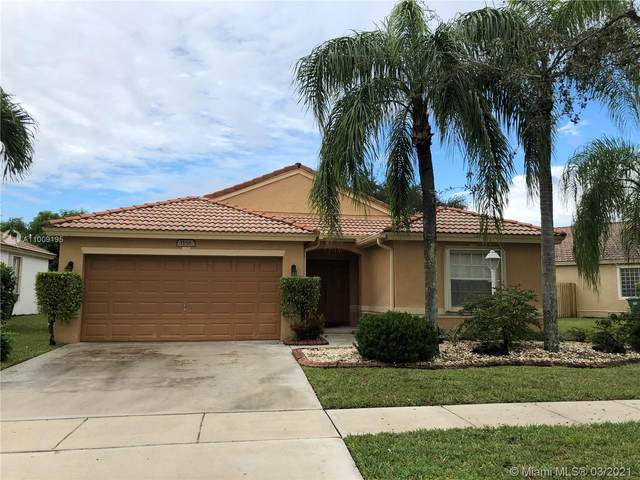 1156 NW 132nd Ave, Pembroke Pines, FL 33028 (MLS #A11009195) :: Berkshire Hathaway HomeServices EWM Realty