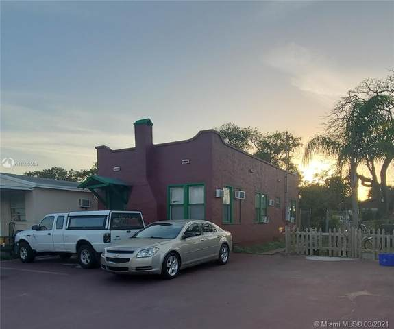 419 S E St, Lake Worth, FL 33460 (MLS #A11009505) :: Team Citron