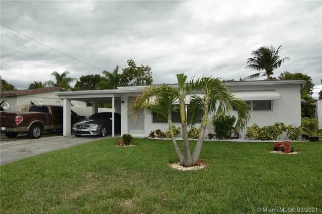 221 NE 21 St, Pompano Beach, FL 33060 (MLS #A11009511) :: Castelli Real Estate Services