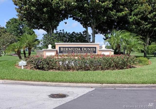 7200 West Pointe Blvd #1521, Orlando, FL 32835 (MLS #A11010097) :: ONE   Sotheby's International Realty