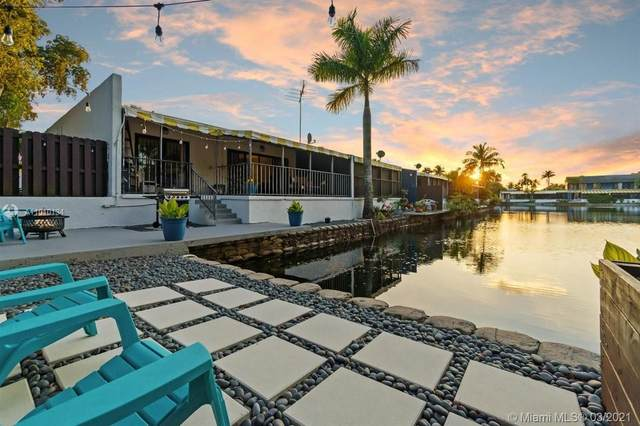 16430 Briar Patch Pl, Miami Lakes, FL 33014 (MLS #A11010134) :: Prestige Realty Group