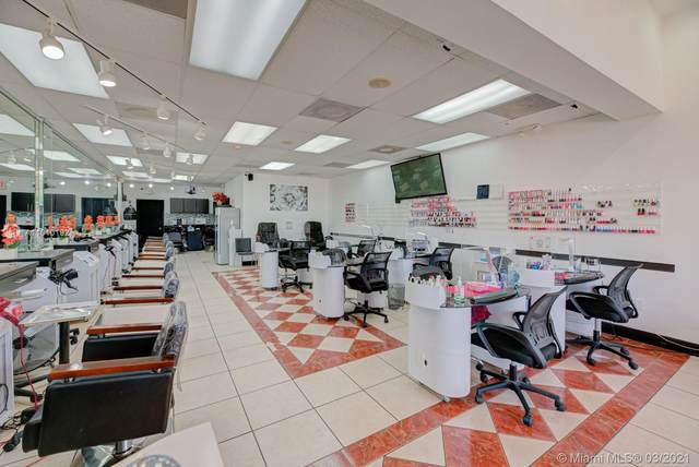 8729 SW 24 St, Miami, FL 33165 (MLS #A11010192) :: Jo-Ann Forster Team