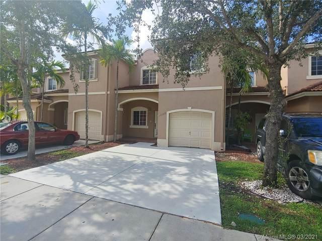 14789 SW 9th Ln, Miami, FL 33194 (MLS #A11010215) :: The Rose Harris Group