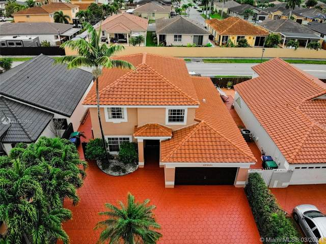 19831 NW 82nd Ct, Hialeah, FL 33015 (MLS #A11010560) :: The Riley Smith Group