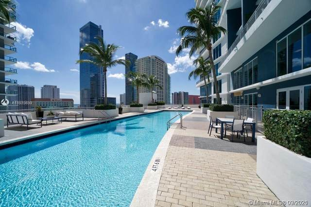60 SW 13th St #3418, Miami, FL 33130 (MLS #A11010630) :: The Teri Arbogast Team at Keller Williams Partners SW