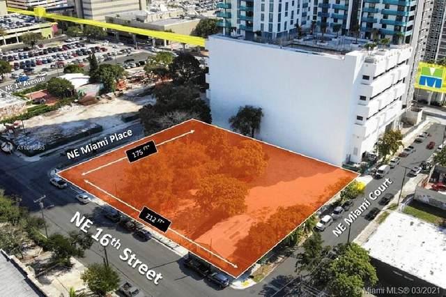 1550 NE Miami Pl, Miami, FL 33132 (MLS #A11010953) :: The Teri Arbogast Team at Keller Williams Partners SW