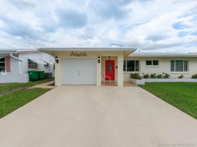 4702 NW 43rd Ter, Tamarac, FL 33319 (MLS #A11011099) :: Re/Max PowerPro Realty