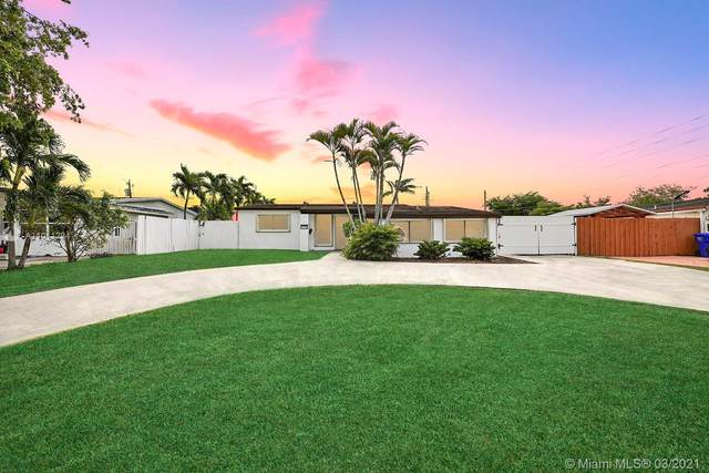 7180 Harding St, Hollywood, FL 33024 (MLS #A11011294) :: The Rose Harris Group