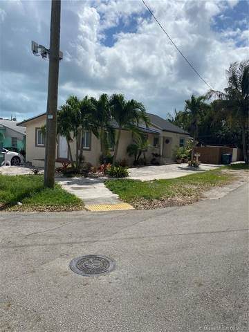 2545 SW 34th Ave, Miami, FL 33133 (MLS #A11011319) :: The Riley Smith Group