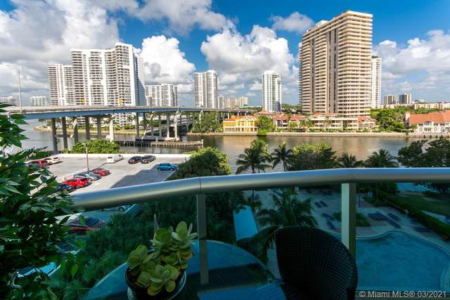 19390 Collins Ave #701, Sunny Isles Beach, FL 33160 (MLS #A11011539) :: Castelli Real Estate Services